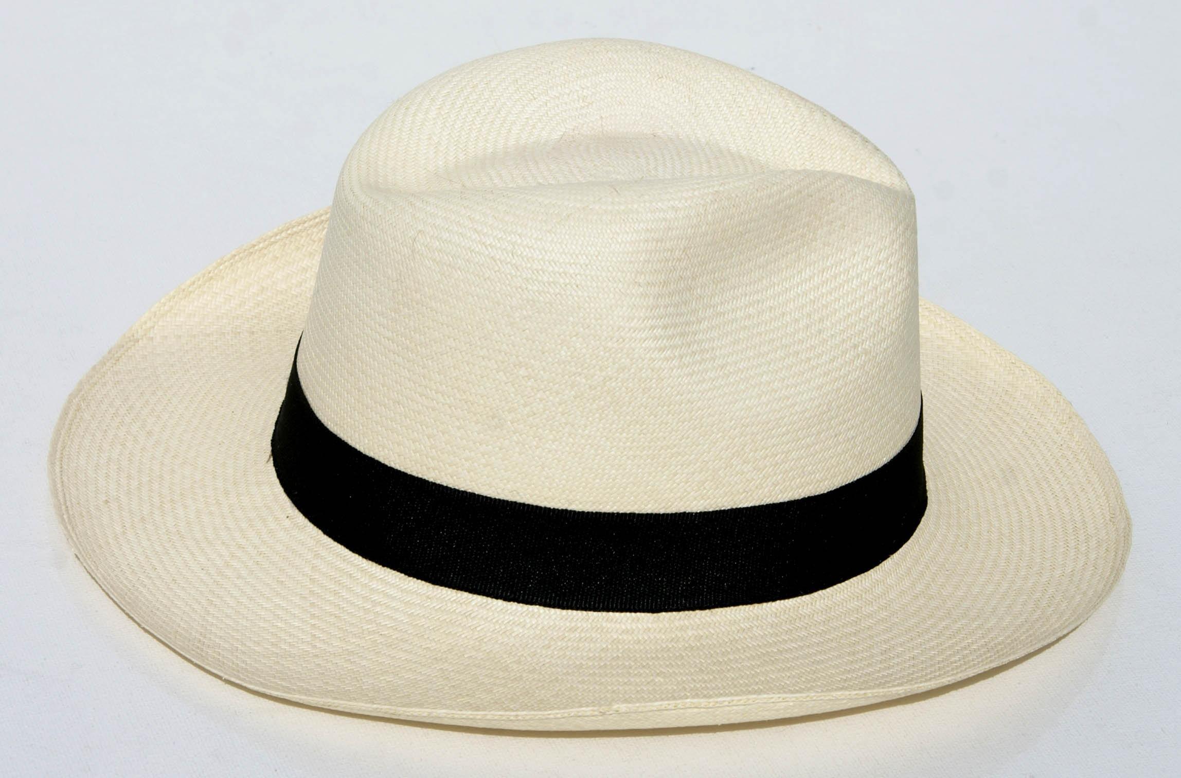 hatte til herre